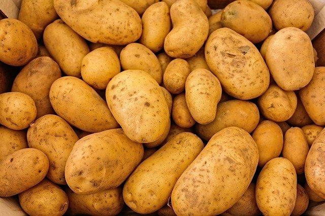 potatoes-411975_640